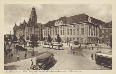 PBK-1517 Het postkantoor aan de Coolsingel en het stadhuis gezien uit het zuidwesten. Rechts van het postkantoor is de Meent.