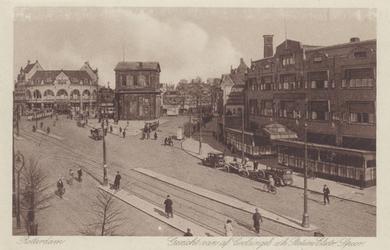PBK-1715 Gezicht op de Coolsingel met rechts café restaurant Pschorr. Op de achtergrond de Delftse Poort en café Loos ...