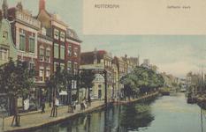 PBK-1819 De Delftsevaart met links de ophaalbrug over het Stokvisverlaat, uit het noordwesten gezien.