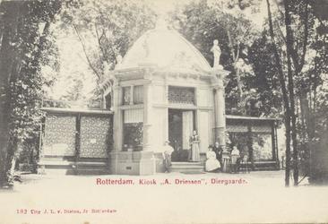 PBK-1930 Het paviljoen van Driessen op het terrein van de Rotterdamsche Diergaarde.