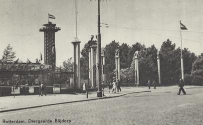 PBK-1983 De ingang van de Diergaarde Blijdorp aan de Van Aerssenlaan, uit het zuiden gezien.