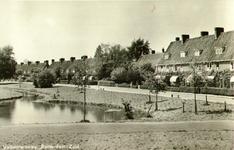 PBK-1983-1458 Overzicht van huizen aan de Valkeniersweg, uit het oosten, vanaf de Groene Hilledijk