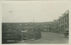 PBK-1983-1814 De Plassingel in Overschie. In het midden het rusthuis Suzanna.