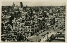 PBK-1983-492 Overzicht van de stad vanaf het Witte huis. In het midden Plan C, links station Beurs en op de achtergrond ...