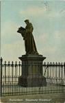 PBK-1983-850 Het standbeeld van Erasmus aan de Grotemarkt.