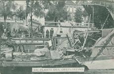 PBK-1985-218 Overzicht van de ravage aan boord en op de kade na de ontploffing op het rijnschip Gutenberg.