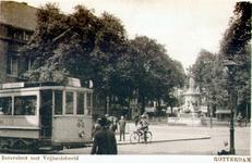 PBK-1985-39 Botersloot met een tram van lijn 6, op de achtergrond het monument Maagd van Holland, links een gedeelte ...