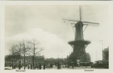 PBK-1985-40 Oostplein met molen de Noord.