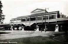 PBK-1987-1318 Gezicht op station Blaak aan het Beursplein
