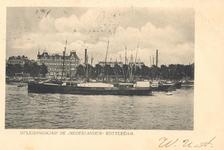 PBK-1987-285 Het opleidingsschip voor de handelsvaart de Nederlander gemeerd aan boeien op de Nieuwe Maas bij de Maaskade.