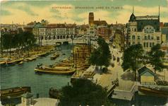 PBK-1987-70 Oudehaven met rechts op voorgrond de Spanjaardsbrug over het Haringvliet en daarchter hotel Weimar, vanaf ...