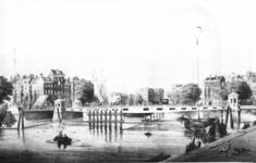 PBK-1987-786 Gezicht op de Koningsbrug over de Oudehaven.
