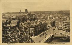 PBK-1987-844 Overzicht van de stad vanaf het Witte Huis. Links Plan C en daarachter station Beurs, op de achtergrond de ...