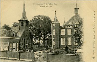 PBK-1988-102 Gezicht op het kasteel en de Adriaan Janszkerk aan de Benedenstraat in IJsselmonde.