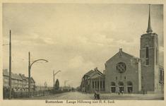 PBK-1989-8 De Sint-Teresiakerk op de hoek van de Lange Hilleweg links en de Strevelsweg rechts.