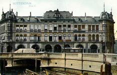 PBK-1990-106 Gezicht op Plan C aan de Oudehavenkade.