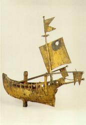 PBK-1991-184 Een verguld metalen windwijzer in de vorm van een haringbuis uit de verzameling van het Historisch Museum ...