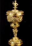PBK-1991-186 Een verguld zilveren hensbeker van het Hoogheemraadschep Schieland uit de verzameling van het Historisch ...