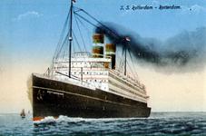 PBK-1991-21 Gezicht op het schip s.s. Rotterdam van de Holland-Amerika Lijn.