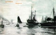 PBK-1991-4 Schepen op de Nieuwe Maas, rechts het Willemsplein