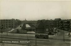 PBK-1993-1198 sStatensingel gezien vanaf de Statenweg, Op de achtergrond de toren van de Sint-Willebrorduskerk aan de ...