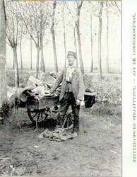 PBK-1993-1404 Lompenkoopman Jan.