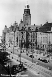 PBK-1996-365 Stadhuis en een gedeelte van het postkantoor aan de Coolsingel.