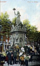 PBK-1999-119 Monument Maagd van Holland aan de Nieuwemarkt.