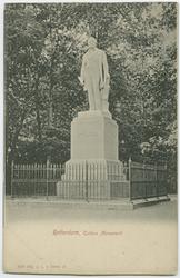 PBK-2000-218 Het monument van Tollens in het Park aan de Westzeedijk.