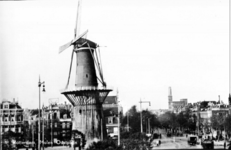 PBK-2000-409 Molen de Noord aan het Oostplein.