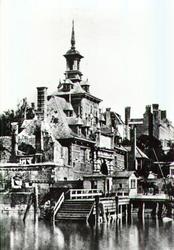 PBK-2002-33 Ooster Oude Hoofdpoort aan het Oudehoofdplein gezien vanaf het Bolwerk (gesloopt in 1856).