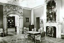 PBK-2002-54 Een Rococo-zaal, 3e kwart 18e eeuw, in het Historisch Museum aan de Korte Hoogstraat.