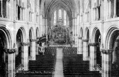PBK-2003-1 Interieur van de Sint-Ignatiuskerk aan de Westzeedijk