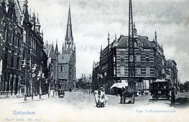 PBK-2003-24 Gezicht in de Van Vollenhovenstraat. Links op de achtergrond de Sint-Ignatiuskerk, rechts de ...