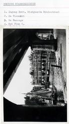 PBK-2003-65-1-TM-4 Koffer met een kwartetspel van 56 fotokaarten betreffende bekende stadsgezichten, waarvan 4 zijn ...