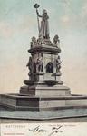 PBK-2004-123 De fontein van het standbeeld Maagd van Holland aan de Nieuwemarkt.
