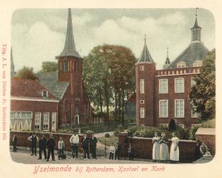 PBK-2004-211 Gezicht op het kasteel en de Adriaan Janszkerk aan de Benedenstraat in IJsselmonde.