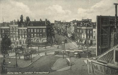 PBK-2004-400 Gezicht op de noordzijde van de Goudsesingel en de Jonker Fransstraat vanaf het dak van een pand aan de ...