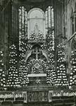 PBK-2005-321 De Maria-versiering in de maand mei 1934, in de Redemptoristenkerk aan de Goudse Rijweg.