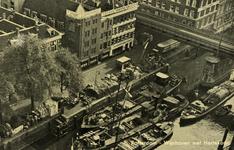 PBK-2006-86-13-TM-18 Serie van 6 prentbriefkaarten in een mapje voorstellende stadsgezichten. Van boven naar beneden: ...