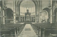PBK-2007-247 Interieur van de rooms-katholieke en Elisabethkerk aan de Mathenesserlaan.