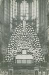 PBK-2007-251 De Maria-versiering in de maand mei 1932, in de Redemptoristenkerk aan de Goudse Rijweg.