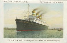 PBK-2008-423 Passagiersschip Statendam van de Holland-Amerika Lijn.