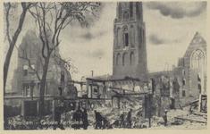 PBK-2478 Puinresten na het bombardement van 14 mei 1940.Gezicht op de Grote Kerk aan het Grotekerkplein