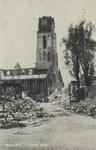 PBK-2484 Gezicht in de door het Duitse bombardement van 14 mei 1940 getroffen Lange Torenstraat, vanaf de Meent, uit ...