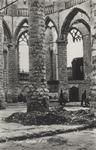 PBK-2489 Puinresten na het bombardement 14 mei 1940.Het interieur van de Grote kerk aan het Grotekerkplein, bij het koor.