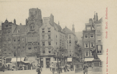 PBK-2547 Gezicht op de Grotemarkt met rechts het standbeeld van Erasmus vanuit het zuidoosten. Op de achtergrond de ...