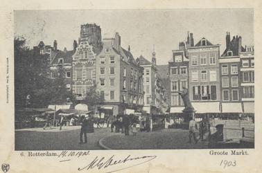 PBK-2550 Grotemarkt met het standbeeld van Erasmus, vanuit het zuidoosten. In het midden de Wijde Marktsteeg.