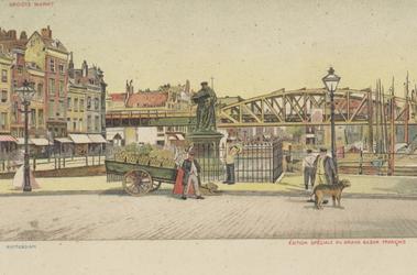 PBK-2557 Grotemarkt met het standbeeld van Erasmus vanuit het westen. Op de achtergrond het spoorwegviaduct en de ...