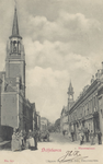 PBK-2770 De Havenstraat met links de Sint-Anthonius Abtkerk en rechts het torentje van het nog bestaande herenhuis ...